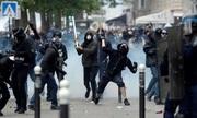 Bạo động ở Pháp vì cảnh sát bắn chết nam thanh niên