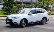 Mitsubishi Outlander giảm giá 51 triệu đồng