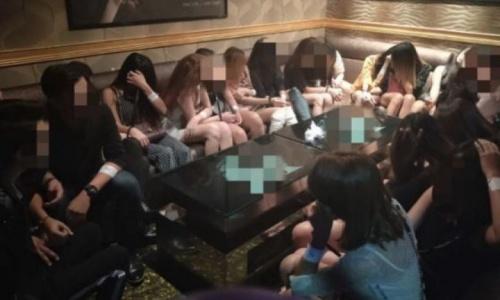 Có 27 phụ nữ bị bắt tại các cơ sở không phép tại Singapore. Ảnh: Straits Times.