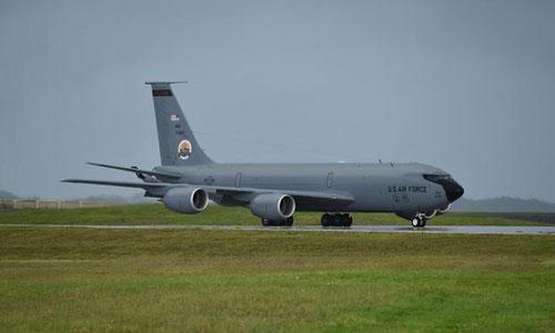 Một máy bay tiếp dầu KC-135 hoạt động trên đảo Guam. Ảnh: Military.
