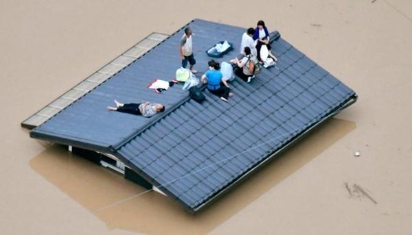 180707203537-05-japan-flooding-5383-1454