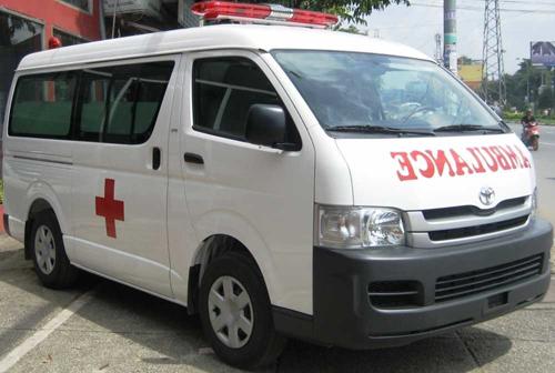Tại sao chữ Ambulance ở xe cấp cứu thường viết ngược?