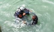 12 thợ lặn xuống biển Dung Quất vớt cổ vật trong tàu đắm