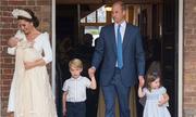 Vợ chồng William làm lễ rửa tội cho hoàng tử út