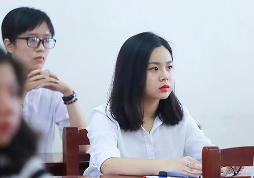 Thí sinh tại Đà Nẵng chuẩn bị bước vào môn thi THPT quốc gia 2018. Ảnh: Nguyễn Đông.