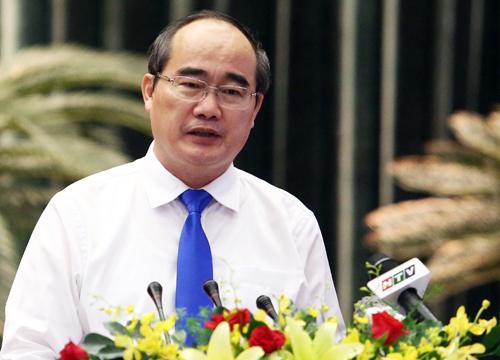 Bí thư Thành ủy TP HCM Nguyễn Thiện Nhân phát biểu tại kỳ họp. Ảnh: Thành Nguyễn