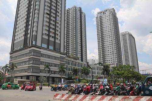 TP HCM sẽ ưu tiên xây dựng các chung cư cao tầng ở 6 quận nội thành phát triển. Ảnh: Hữu Nguyên