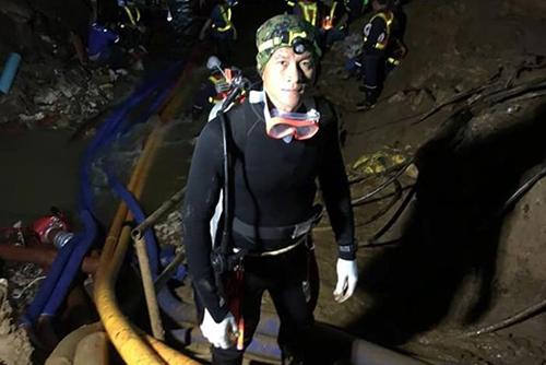Saman Gunan trong chiến dịch giải cứu đội bóng nhí ở hang Tham Luang. Ảnh: Facebook