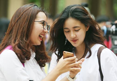 Thí sinh Hà Nội dự thi THPT quốc gia năm 2018. Ảnh: Ngọc Thành