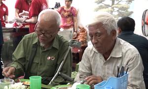 Quán cơm 2.000 đồng dành cho người nghèo ở Hà Nội