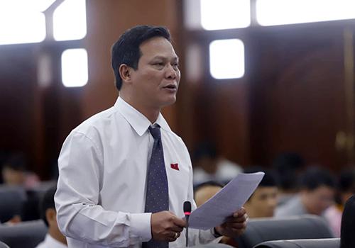 Đại biểu HĐND TP Đà Nẵng khoá IX thảo luận tại kỳ họp. Ảnh: Nguyễn Đông.