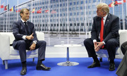 Trump bối rối khi Macron nói tiếng Pháp