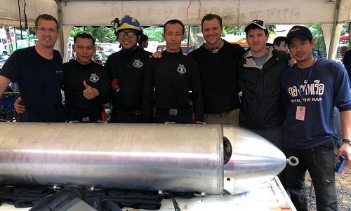 Các kỹ sư của Elon Musk huấn luyện hải quân Thái sử dụng tàu ngầm. Ảnh: NYT.