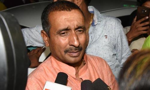 Nghị sĩ bang Uttar Pradesh Kuldeep Singh Sengar bị truy tố tội cưỡng hiếp trẻ vị thành niên. Ảnh: Hindustan Times.