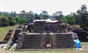 Ngôi đền 900 năm phát lộ trong kim tự tháp Mexico sau động đất