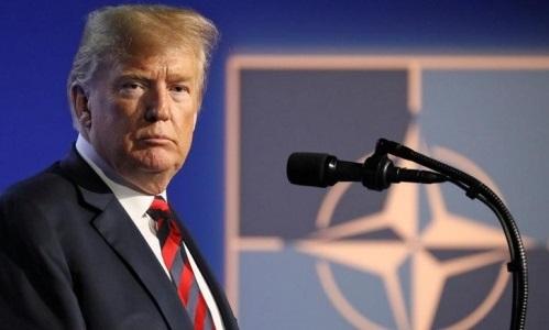 Tổng thống Mỹ Donald Trump trả lời báo chí sau hội nghị thượng đỉnh NATO tại Brussel, Bỉ ngày 12/7. Ảnh: Reuters.