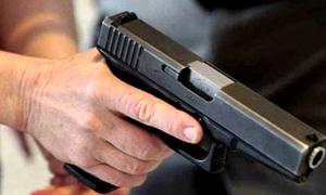 Đại úy công an ở Sóc Trăng bị khống chế bằng súng, cướp ôtô