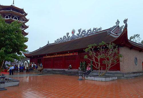 Đền thờ ngã ba Đồng Lộc vừa được khánh thành. Ảnh: Đ.H