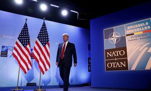 Trump tán dương NATO, tuyên bố giúp khối đoàn kết