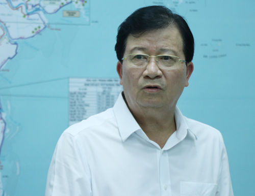 Phó thủ tướng Trịnh Đình Dũng yêu cầu theo dõi sát diễn biến áp thấp nhiệt đới trên biển Đông. Ảnh: Võ Hải.