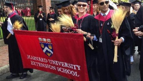 Harvards Extension School đào tạo trực tuyến cho sinh viên