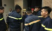Cảnh sát giải cứu 10 người kẹt thang máy trong toà nhà thư viện