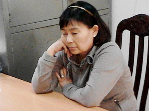 Oanh Hà bị Công an tỉnh Lâm Đồng bắt năm 2014. Ảnh: Quốc Dũng.