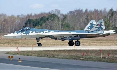 Tiêm kích Su-57 chuẩn bị tham gia duyệt binh hôm 9/5. Ảnh: Russian Planes.