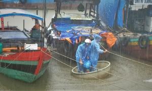 Các tỉnh miền Trung khẩn trương ứng phó bão Sơn Tinh