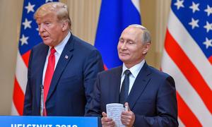 Trump bị báo chí khắc họa 'lép vế' trước Putin trong hội nghị thượng đỉnh