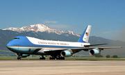 Trump nói phiên bản nâng cấp của Không lực Một 'đáng kinh ngạc'