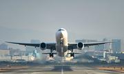 Vì sao máy bay cất cánh ngược chiều gió?