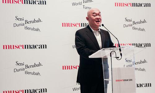 Tài phiệt Indonesia Haryanto Adikoesoemo tại lễ khai trương triển lãm ngày 19/12/2017. Ảnh:Bảo tàng Macan.