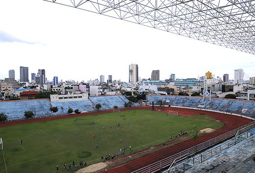 Luật sư Đỗ Pháp cho rằng Đà Nẵng cho nhiều lợi thế trong mối quan hệ pháp lý đối với tài sản sân vận động Chi Lăng trong vụ đại án Phạm Công Danh. Ảnh: Nguyễn Đông.