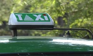 Tiếp tục đề xuất gắn biển màu vàng cho xe taxi