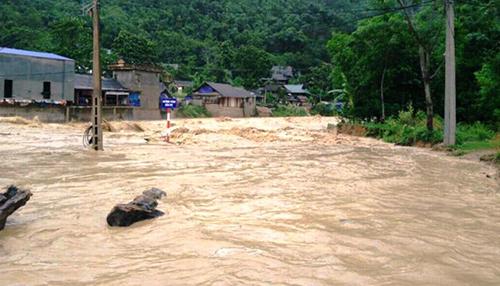 Khu vực miền núi tỉnh Thanh Hoá đang xuất hiện lũ nhiều nơi. Ảnh: Lam Sơn.