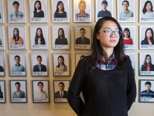 Ren Futong, tên tiếng Anh là Monica, con gái độc nhất của một gia đình quân đội sống ở Bắc Kinh, Trung Quốc, ước mơ đi du học Mỹ. Ảnh: Tạp chí 1843.