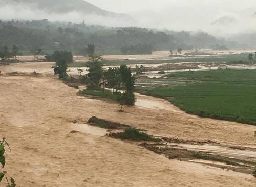 Mưa lũ đang gây thiệt hại nặng ở nhiều địa bàn tỉnh Yên Bái. Ảnh: Tiến Hiệp.