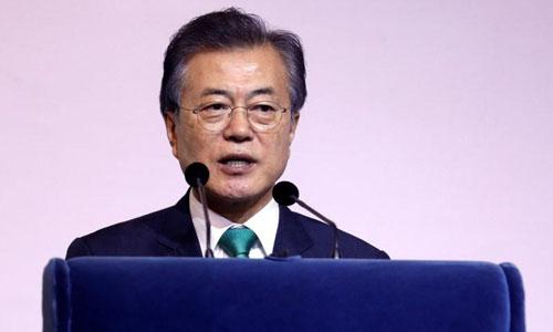 Tổng thống Hàn Quốc Moon Jae-in phát biểu tại Viện Nghiên cứu Đông Nam Á ở Singapore hôm 13/7. Ảnh: Reuters.