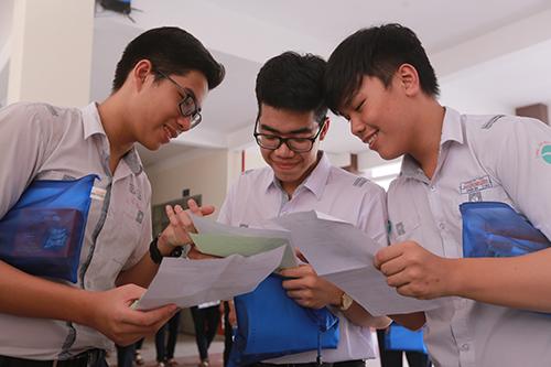 Thí sinh thi THPT quốc gia năm 2018 ở Cần Thơ. Ảnh: Huy Phong.