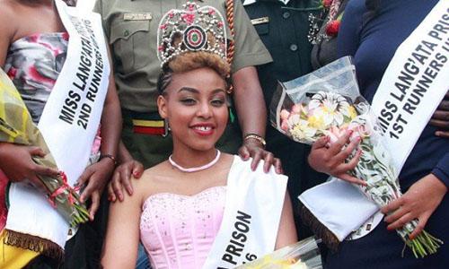 Ruth Wanjiku Kamande đăng quang cuộc thi Hoa hậu Langata năm 2016. Ảnh: AFP.