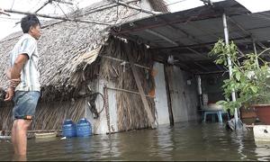 Người dân vùng ven Sài Gòn điêu đứng vì ngập hơn 2 tháng