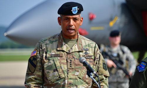 Chỉ huy các lực lượng Mỹ tại Hàn Quốc, Tướng Vincent Brooks. Ảnh: AFP.