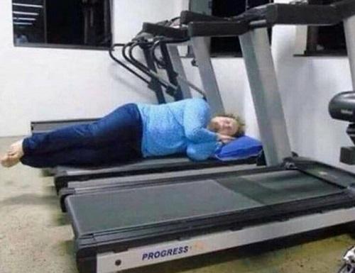 Vừa đến phòng tập đầy đủ, lại vừa được ngủ thoải mái.