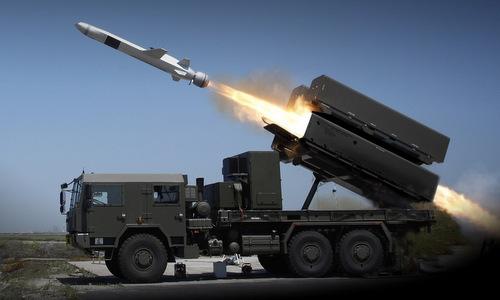 Tên lửa NSM rời bệ phóng trong đợt bắn diễn tập của RIMPAC 2018. Ảnh: US Navy.