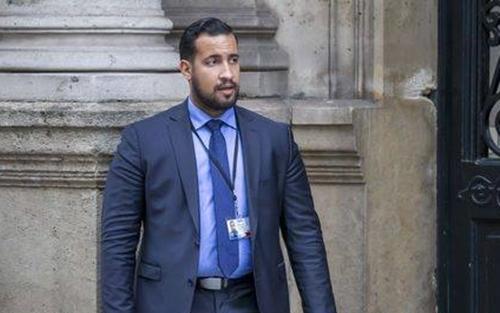 Alexandre Benalla, vệ sĩ trung thành của Tổng thống Pháp Emmanuel Macron. Ảnh: Politique.