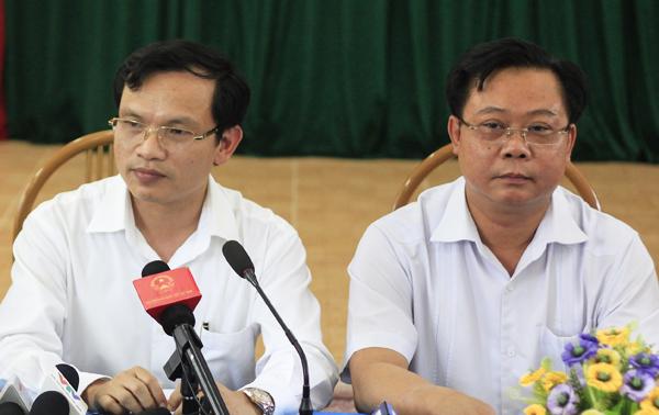 Phó chủ tịch tỉnh Sơn La Phạm Văn Thủy (bên phải), Cục trưởng Quản lý chất lượng Mai Văn Trinh (giữa) chủ trì cuộc họp. Ảnh: Dương Tâm
