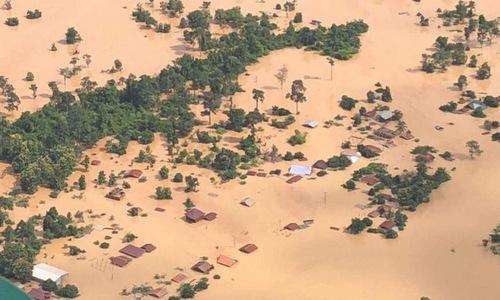 Biển nước nhấn chìm nhiều làng mạc tại huyện Sanamxay sau vụ vỡ đập. Ảnh: ABC Laos News.