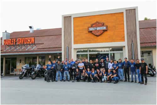 Đoàn 30 biker Việt đã có hành trình khó quên ở châu Âu.