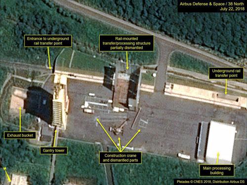 Ảnh vệ tinh cho thấy Triều Tiên bắt đầu phá dỡ các công trình tại bãi phóng tên lửa Sohae. Ảnh: CNES.